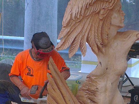Chainsaw-Carving-Skyhigh